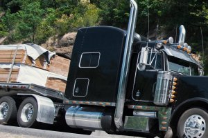 Flatbed Truck Services LTL Trucking